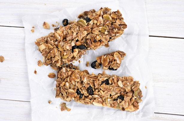 Healthy snacks: Granola