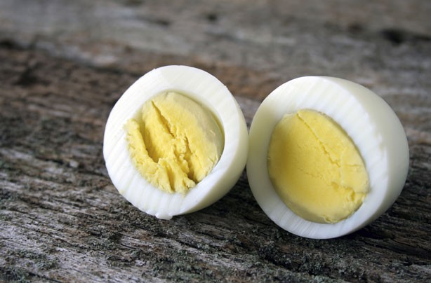 Healthy snacks: Hard boiled egg