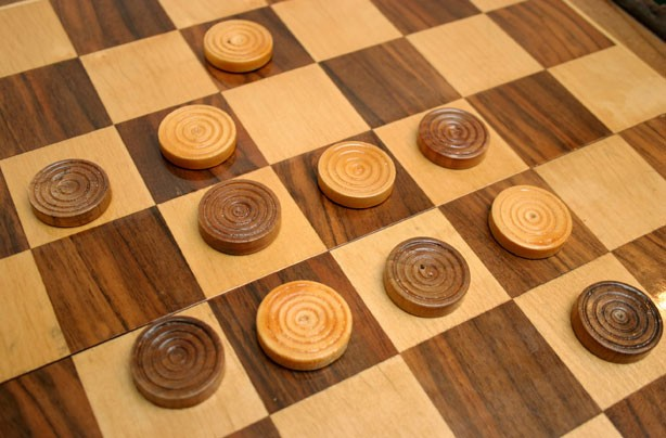 Best board games for kids checkers