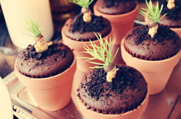 Mandrake Pot Cakes