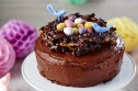 Mini eggs nest cake