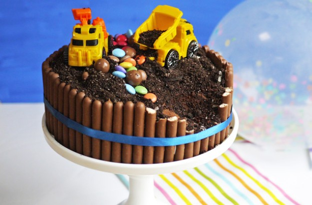 Digger cake recipe goodtoknow