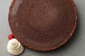 Tom Kerridge's flourless chocolate cake