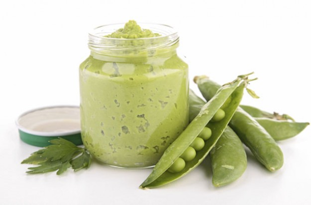 Baby food pea puree