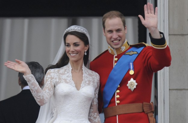 William and Kate wedding day promo