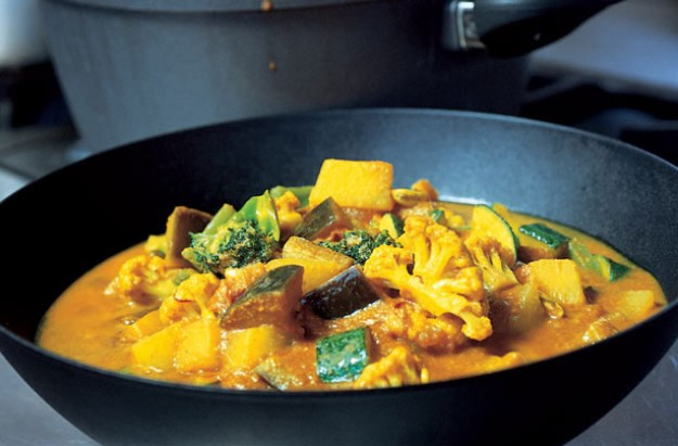 Gordon Ramsay's easy vegetable curry