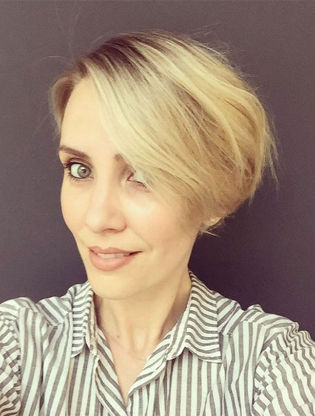 Claire Richards reveals short hairstyle