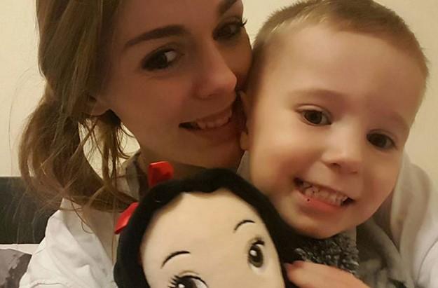 Haylee Bazen and son Zackary