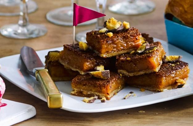 Treacle tart tray bake