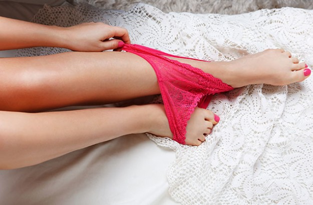 Woman's underwear, panty challenge