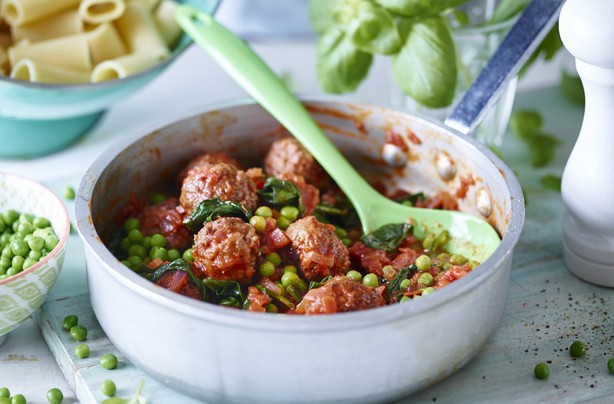 Body Coach Joe Wicks Lean in 15 recipes big juicy meatballs