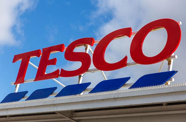 Tesco to hand out free fruit to shoppers? children