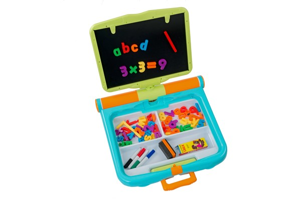 Magnetic Learning Desk