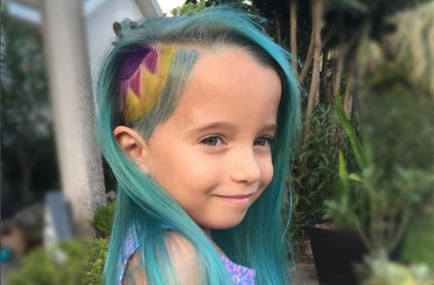 Mum dyed her daughter's hair
