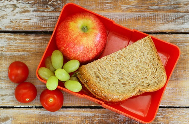 Lunchbox, sandwich, fruit