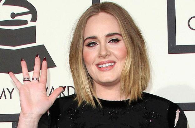 Adele postnatal depression