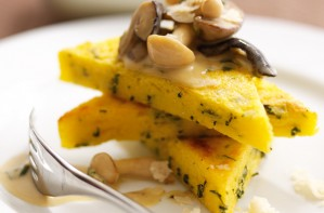Polenta with mushrooms and Parmesan