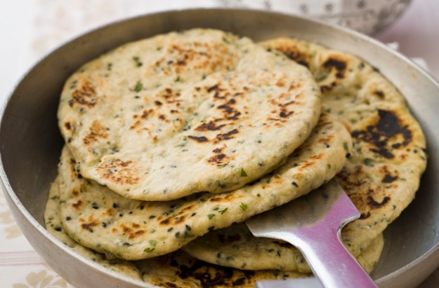 Naan bread recipe goodtoknow naan bread recipe forumfinder Gallery
