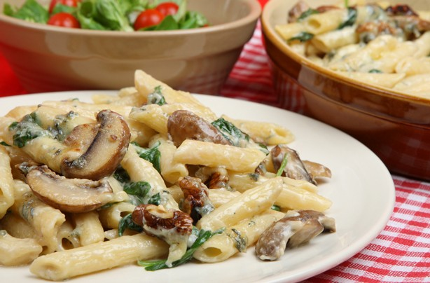 Mushroom and spinach pasta