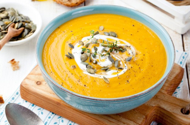 Green pesto and butternut squash soup