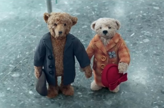 Heathrow Christmas advert