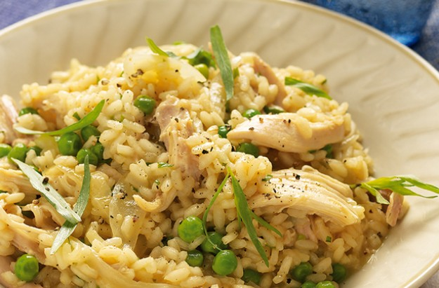 Lemon chicken and pea risotto recipe goodtoknow for How do i make chicken risotto