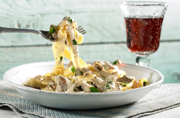 Quick creamy chicken pasta