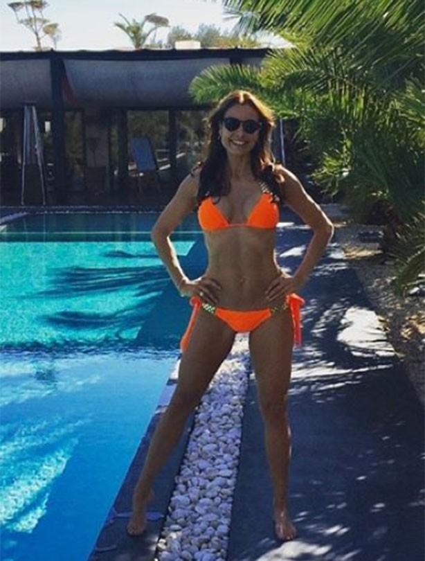 Mel Sykes bikini picture