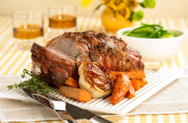 Glazed leg of lamb