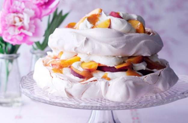 peach and passion fruit pavlova