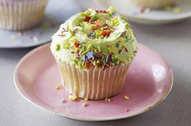 Hummingbird Bakery vanilla cupcakes