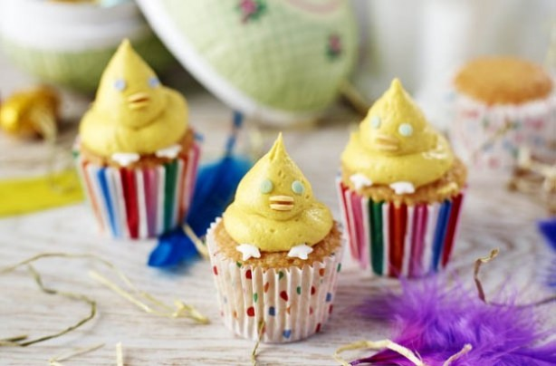 Mini Easter chick cupcakes