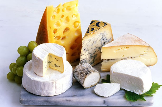 Healthiest cheeses, cheese board