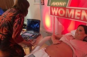 Danielle Lloyd scan on Loose Womena
