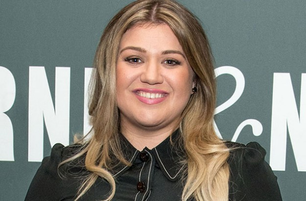 Kelly Clarkson Reveals Why Her Weight Is A Sign Of Happiness