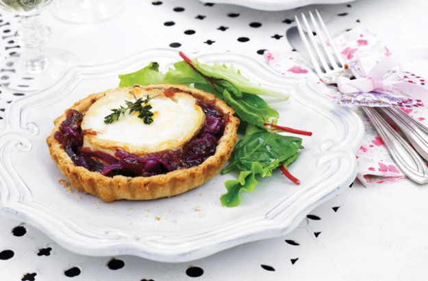 goats cheese and onion tarts