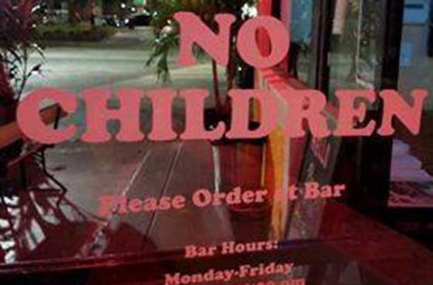 Florida pizza shop bans children