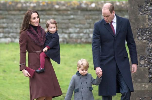 Prince George and Princess Charlotte Kate and William Christmas 2017