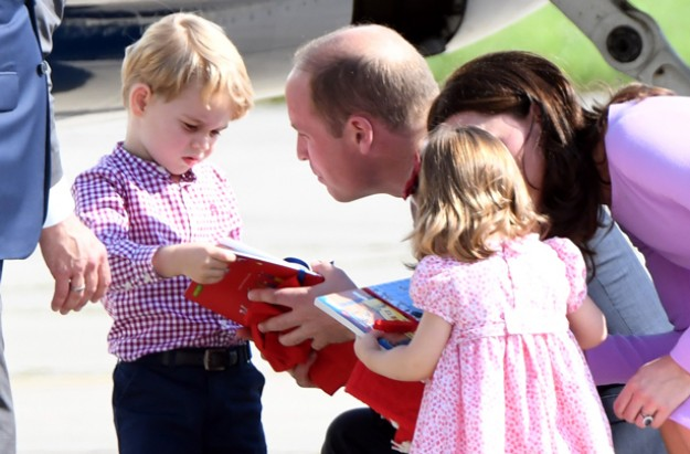 Prince George opening presents
