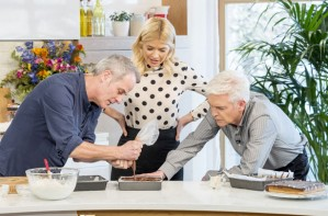 Phil Vickery's millionaire's shortbread This Morning with Holly Willoughby and Philip Schofield